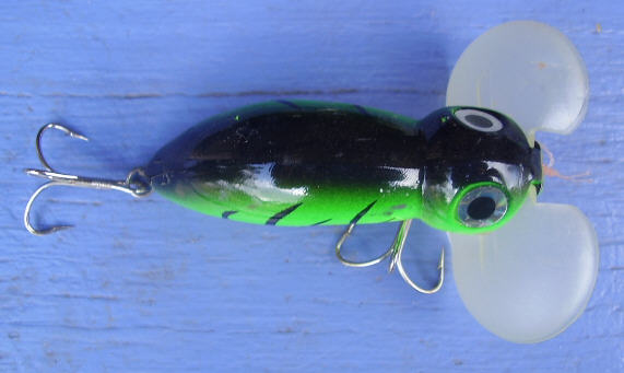 Surface luring for australian bass sweetwater fishing for Best night fishing lures
